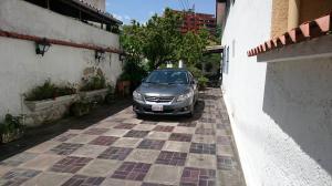 Casa En Venta En Caracas, Miranda, Venezuela, VE RAH: 15-10160