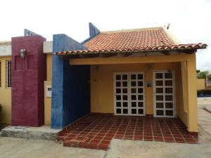 Casa En Venta En Chichiriviche, Flamingo, Venezuela, VE RAH: 15-10172