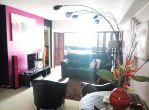 Apartamento En Venta En Caracas - La Florida Código FLEX: 15-10220 No.15