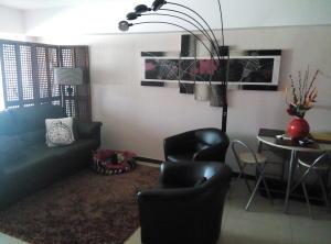 Apartamento En Venta En Caracas - La Florida Código FLEX: 15-10220 No.11