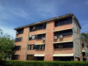 Apartamento En Venta En Guarenas, Terrazas Del Este, Venezuela, VE RAH: 15-10304
