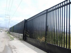 Terreno En Venta En Municipio Los Guayos, Los Guayos, Venezuela, VE RAH: 15-10339