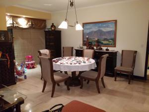 Apartamento En Venta En Caracas - Las Mercedes Código FLEX: 15-11311 No.4