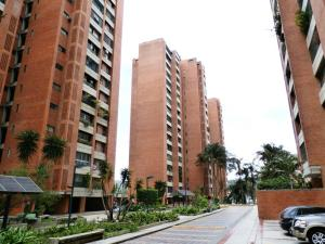 Apartamento En Venta En Caracas, Prados Del Este, Venezuela, VE RAH: 15-10413
