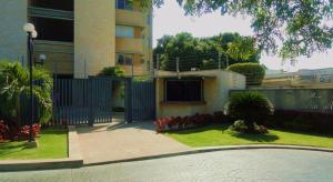 Apartamento En Venta En Maracaibo, Paraiso, Venezuela, VE RAH: 15-7931