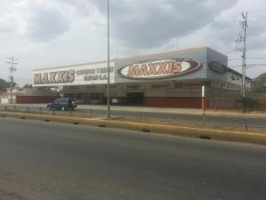 Local Comercial En Venta En Cabimas, Carretera H, Venezuela, VE RAH: 15-10531