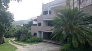 Apartamento En Venta En Valencia, Altos De Guataparo, Venezuela, VE RAH: 15-10535