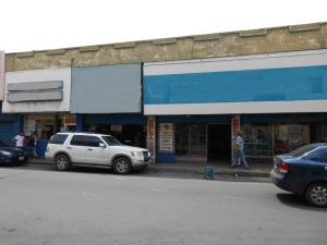 Local Comercial En Venta En Maracay, Zona Centro, Venezuela, VE RAH: 15-10563