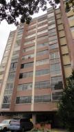 Apartamento En Venta En Caracas, Chuao, Venezuela, VE RAH: 15-10589