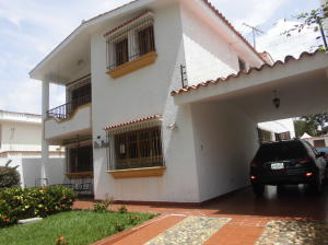 Casa En Venta En Valencia, Trigal Sur, Venezuela, VE RAH: 15-10620