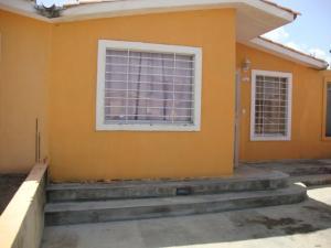 Casa En Venta En Barquisimeto, Parroquia Tamaca, Venezuela, VE RAH: 15-10623