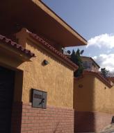 Casa En Venta En Caracas, Colinas De Vista Alegre, Venezuela, VE RAH: 15-10700