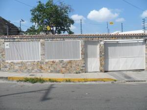 Casa En Venta En Maracay, La Cooperativa, Venezuela, VE RAH: 15-10748