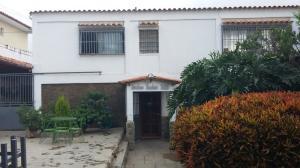 Casa En Venta En Los Teques, Colinas De Carrizal, Venezuela, VE RAH: 15-10873