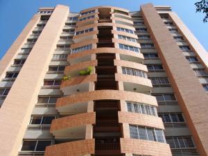 Apartamento En Venta En Valencia, Los Mangos, Venezuela, VE RAH: 15-10896
