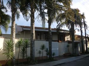 Casa En Venta En Caracas, Alto Hatillo, Venezuela, VE RAH: 15-10976