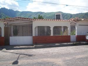 Casa En Venta En Municipio Diego Ibarra, Mariara, Venezuela, VE RAH: 15-11037