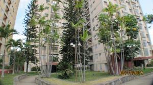Apartamento En Venta En Caracas, Valle Abajo, Venezuela, VE RAH: 15-10989