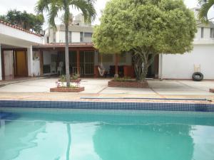 Casa En Ventaen Caracas, Cumbres De Curumo, Venezuela, VE RAH: 15-11059