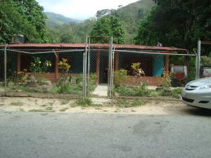 Terreno En Venta En Parroquia Carayaca, Sector Puerto Cruz, Venezuela, VE RAH: 15-11089