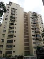 Apartamento En Venta En Caracas, Terrazas Del Club Hipico, Venezuela, VE RAH: 15-11073
