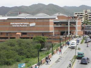 Local Comercial En Venta En Guarenas, Terraza I Buenaventura, Venezuela, VE RAH: 15-11144
