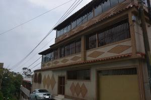 Casa En Venta En Caracas, El Junquito, Venezuela, VE RAH: 15-11220