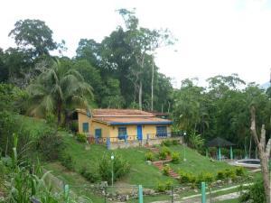 Terreno En Ventaen Municipio Bejuma, Canoabo, Venezuela, VE RAH: 15-11280