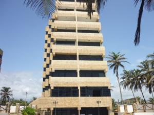 Apartamento En Venta En Tucacas, Santa Rosa, Venezuela, VE RAH: 15-11284