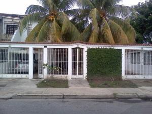 Casa En Venta En Cagua, Corinsa, Venezuela, VE RAH: 15-11251