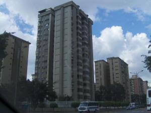 Apartamento En Venta En Caracas, Montalban Iii, Venezuela, VE RAH: 15-11330
