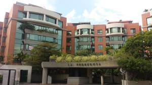 Apartamento En Venta En Caracas, Las Mercedes, Venezuela, VE RAH: 15-11477
