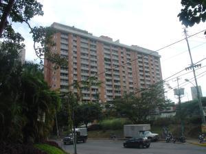 Apartamento En Venta En Caracas, Santa Ines, Venezuela, VE RAH: 15-11596
