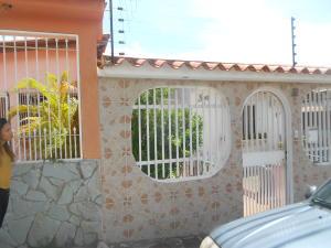 Casa En Venta En Guatire, La Rosa, Venezuela, VE RAH: 15-11685