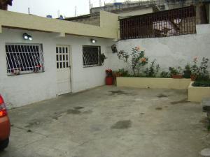 Casa En Venta En Caracas, El Junquito, Venezuela, VE RAH: 15-11847