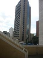Apartamento En Venta En Caracas, Sabana Grande, Venezuela, VE RAH: 15-11690