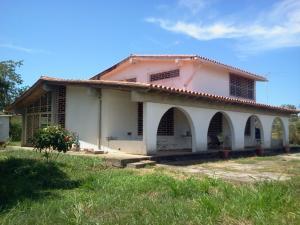 Casa En Venta En Higuerote, Alamar, Venezuela, VE RAH: 15-11785