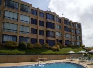 Apartamento En Venta En Higuerote, Carenero, Venezuela, VE RAH: 15-11747