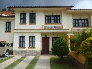 Townhouse En Venta En Municipio Naguanagua, El Rincon, Venezuela, VE RAH: 15-11754