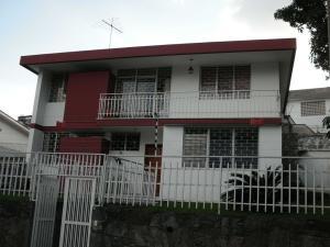 Casa En Venta En Caracas, El Marques, Venezuela, VE RAH: 15-11833
