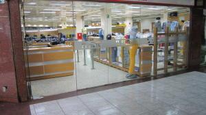 Local Comercial En Ventaen Caracas, La Urbina, Venezuela, VE RAH: 15-11926