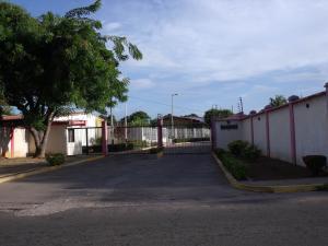 Townhouse En Venta En Ciudad Bolivar, Agua Salada, Venezuela, VE RAH: 15-11932