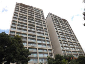 Apartamento En Venta En Caracas, Santa Eduvigis, Venezuela, VE RAH: 15-11954
