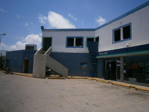 Local Comercial En Venta En Chichiriviche, Flamingo, Venezuela, VE RAH: 15-11961