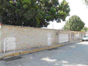Casa En Venta En Maracay, San Jacinto, Venezuela, VE RAH: 15-11992