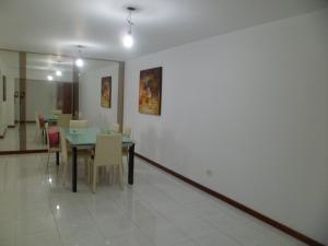 Apartamento En Venta En Caracas - Terrazas del Club Hipico Código FLEX: 15-12039 No.3