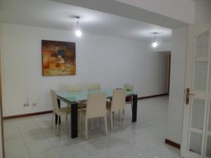 Apartamento En Venta En Caracas - Terrazas del Club Hipico Código FLEX: 15-12039 No.2