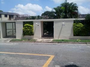 Casa En Venta En Valencia, Trigal Centro, Venezuela, VE RAH: 15-12022