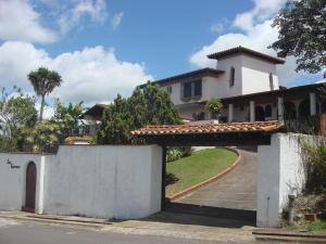Casa En Venta En Caracas, La Lagunita Country Club, Venezuela, VE RAH: 15-12213