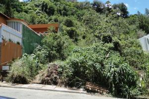 Terreno En Ventaen Caracas, Prados Del Este, Venezuela, VE RAH: 15-12315